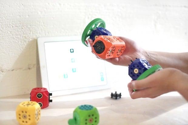 robo_wunderkind_modular_robot_kit_4