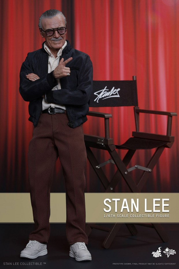 stan_lee_sixth_scale_action_figure_by_hot_toys_1