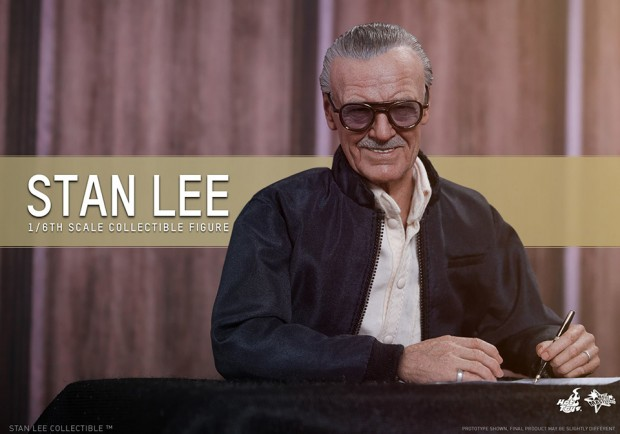 stan_lee_sixth_scale_action_figure_by_hot_toys_5
