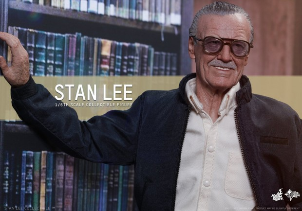 stan_lee_sixth_scale_action_figure_by_hot_toys_6