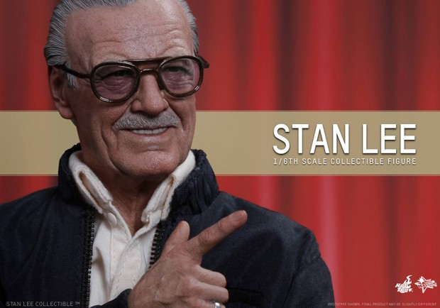 stan_lee_sixth_scale_action_figure_by_hot_toys_7