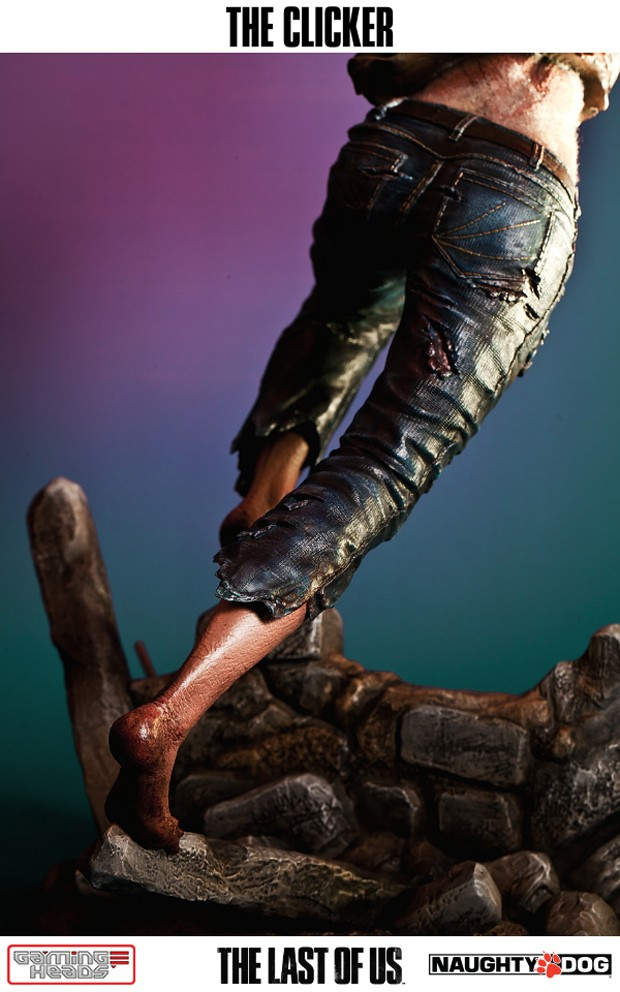 the_last_of_us_clicker_statue_by_gaming_heads_9
