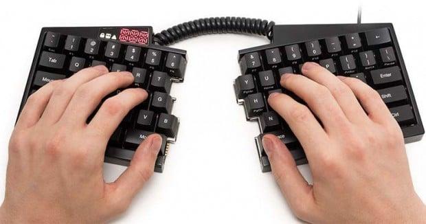ultimate_hacking_keyboard_2
