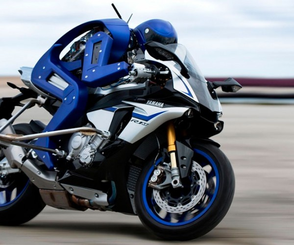 Yamaha Creates Motorcycle Riding Robot