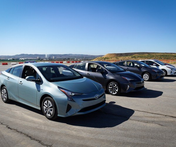 Review: The 2016 Toyota Prius Is a Marvel of Modern Engineering