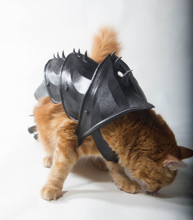 3d_printed_cat_armor_by_jwall_print_that_thing_2