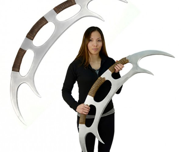 Star Trek: TNG Foam Klingon Bat'leth is Better than a Nerf Sword