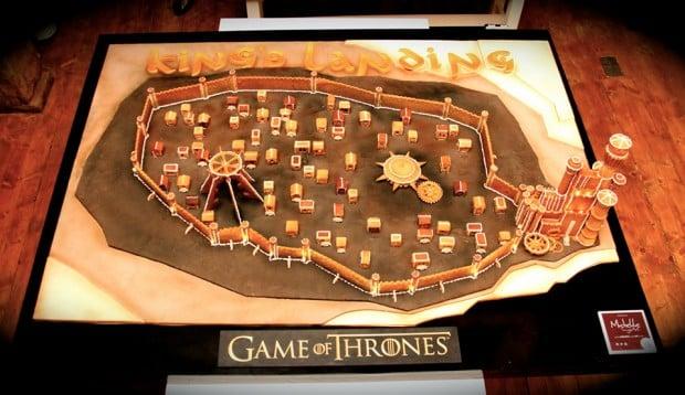 game_of_thrones_kings_landing_gingerbread_by_michelle_sugar_art_1