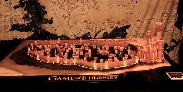 game_of_thrones_kings_landing_gingerbread_by_michelle_sugar_art_2
