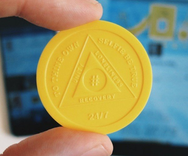 Internet Addiction Token: I Can Stop Surfing Any Time