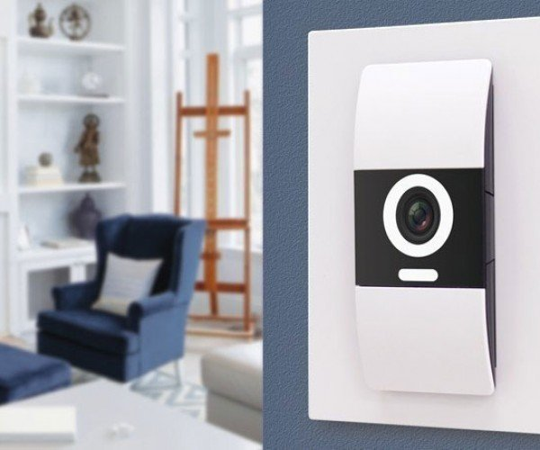 D-Link Komfy Switch with Camera Is HAL 9000