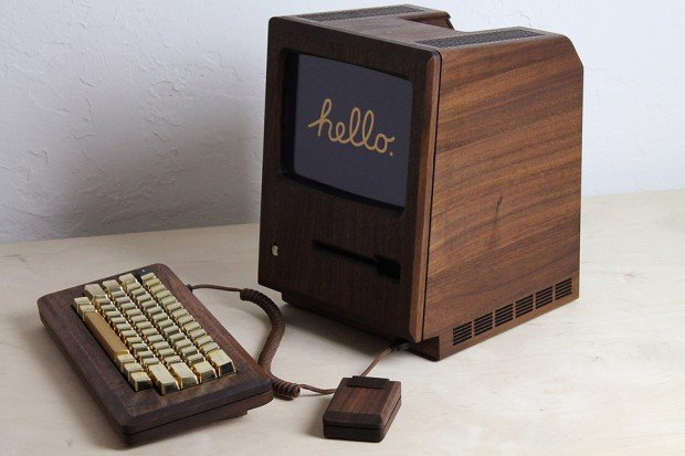 macintosh_128k_wood_replica_golden_apple_by_love_hulten_1