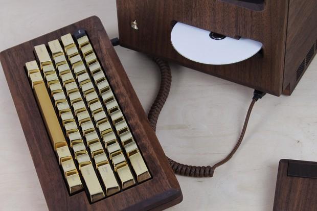 macintosh_128k_wood_replica_golden_apple_by_love_hulten_10
