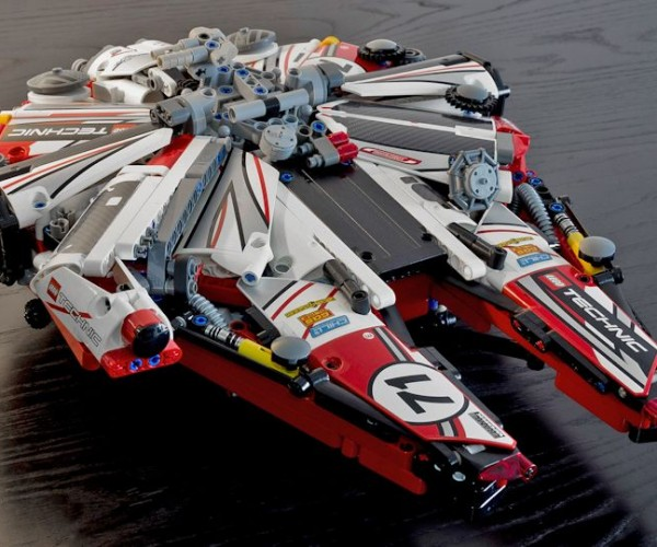Lego Millennium Falcon Racer: Way Faster Than 12 Parsecs