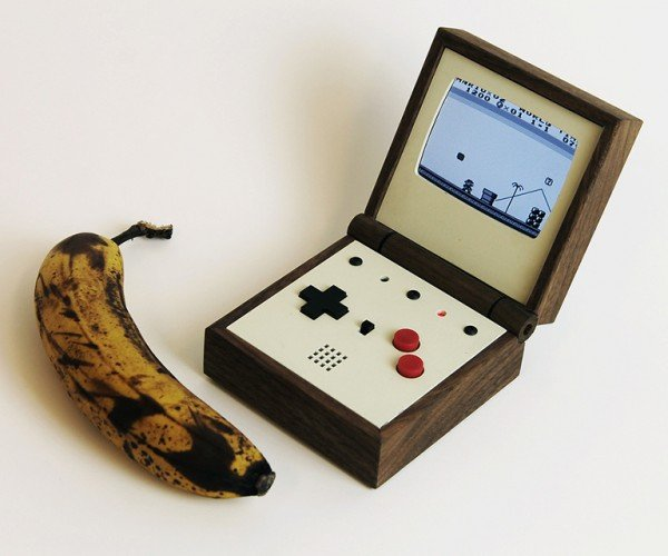Pixel Vision Retro Portable Game System: Game Boy Advance SR