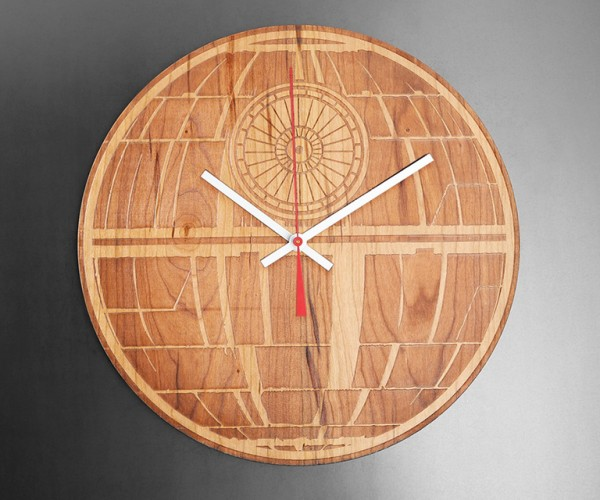 Star Wars Engraved Wood Clocks: This One, A Long Time You Will Watch