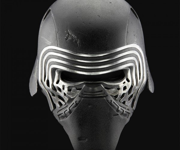 Anovos Kylo Ren Life-size Helmet Will Finish the Costume That You Started