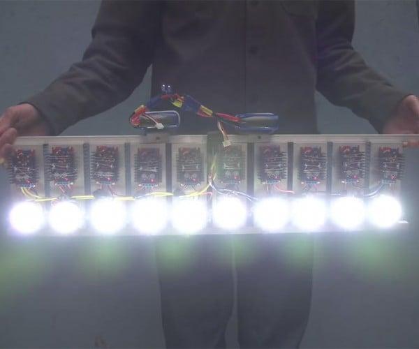 Homemade LED Flashlight Packs 90,000 Lumens of Retina Searing Light