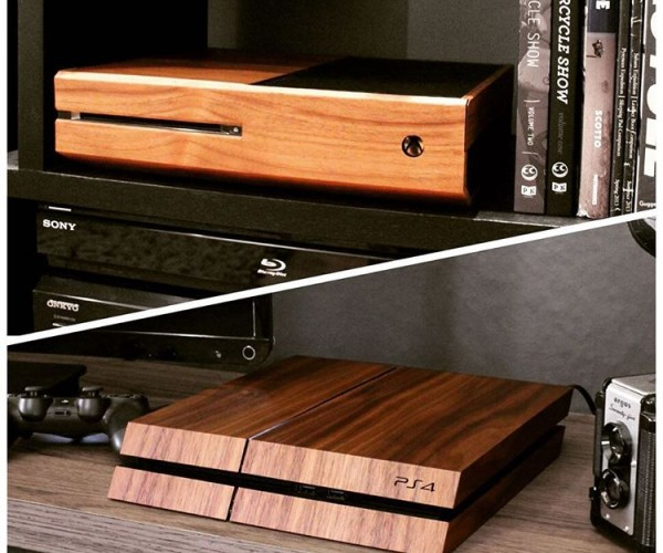 Toast Wood Veneer for PS4 & Xbox One: Cross-platform Costume