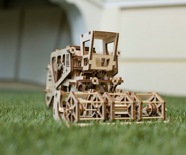 ugears_wooden_mechanical_models_5