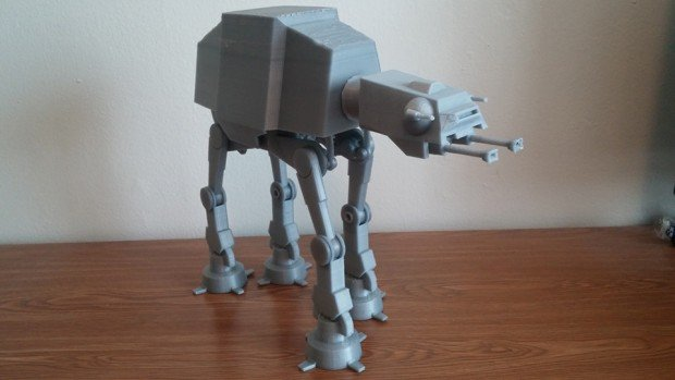 3d_printed_motorized_at-at_by_daniel_olson_1