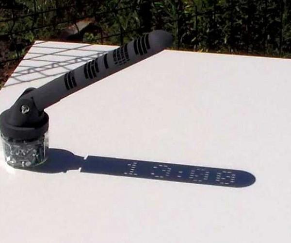 DIY 3D Printed Digital Sundial: Glow-in-the-light