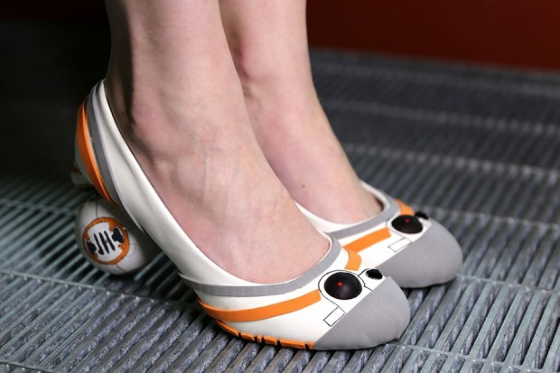 diy_bb-8_heels_shoes_by_mikeasaurus_instructables_3