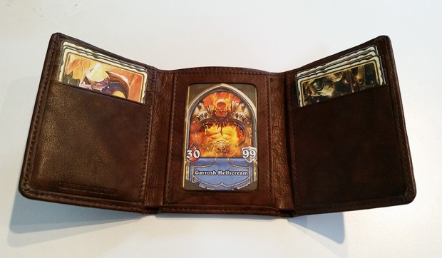 hearthstone_warrior_wallet_by_cube_man99_4