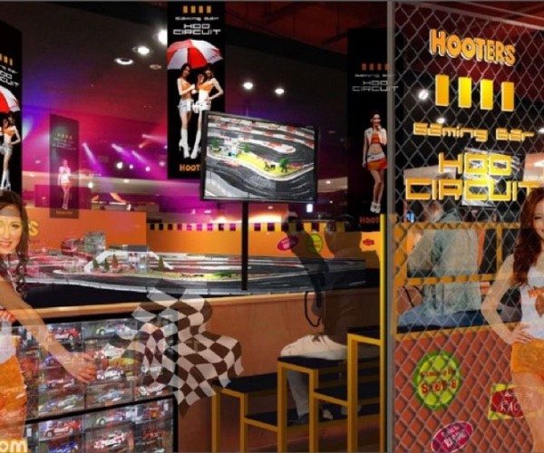 Hooters and Gaming Combine for Gaming Bar Side-B