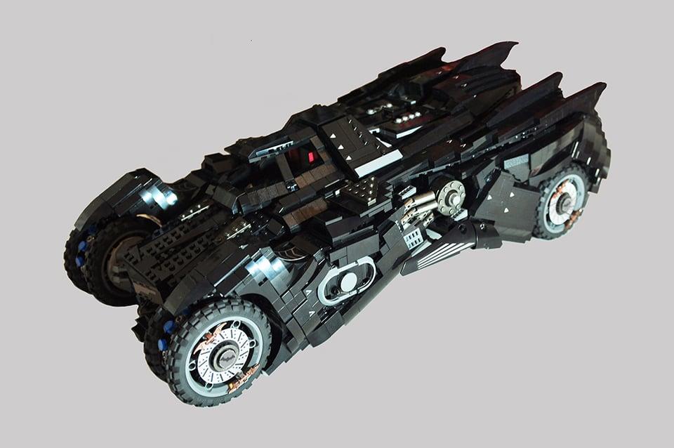 lego batman arkham knight batmobile concept play mode technabob. Black Bedroom Furniture Sets. Home Design Ideas