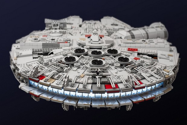 lego_millennium_falcon_by_marshall_banana_2