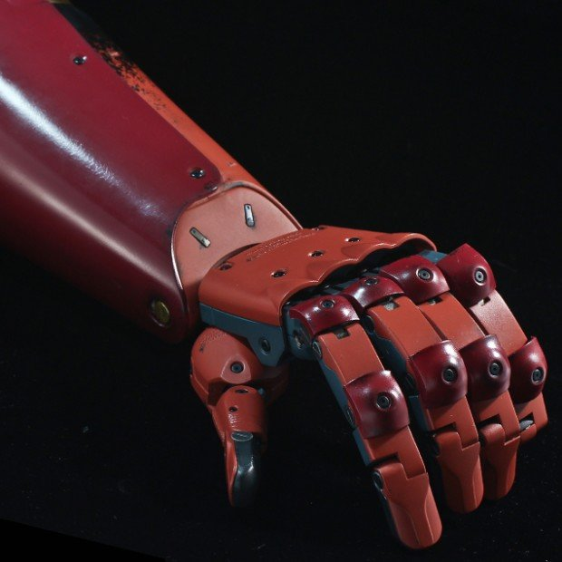 metal_gear_solid_v_life_size_bionic_arm_by_sentinel_3