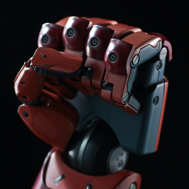 metal_gear_solid_v_life_size_bionic_arm_by_sentinel_8