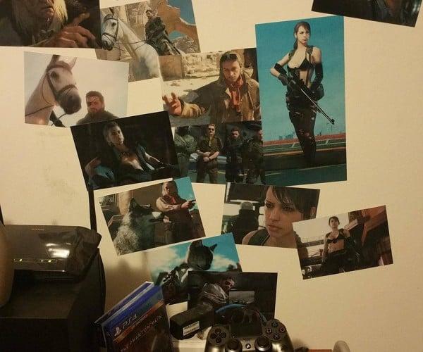 DIY Metal Gear Solid V Chopper Photo Wall: Fulton Album