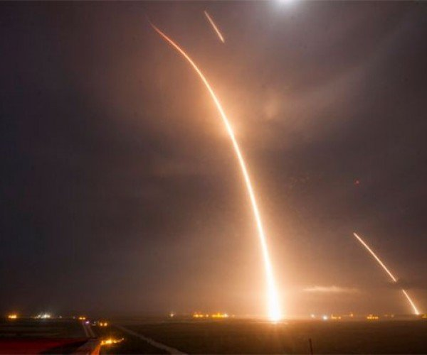 SpaceX Finally Lands Falcon 9 First Stage Successfully