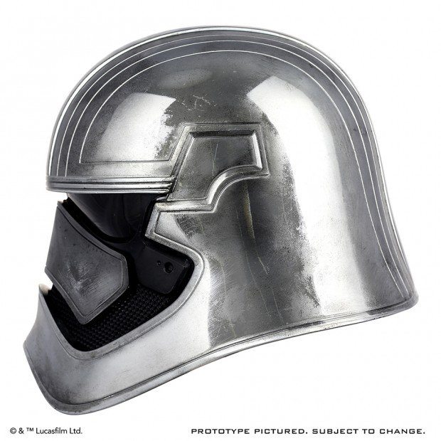 star_wars_force_awakens_captain_phasma_life_size_helmet_by_anovos_3