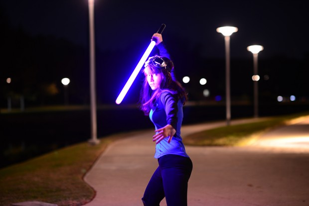 valence_saber_bluetooth_lightsaber_replica_8