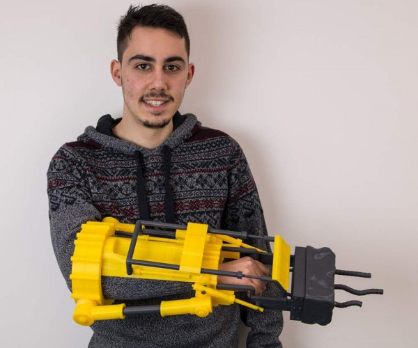 3D Printed Fallout 4 Furious Power Fist: CADsmith
