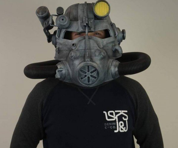 3D Printed Fallout Power Armor Helmet: Science!