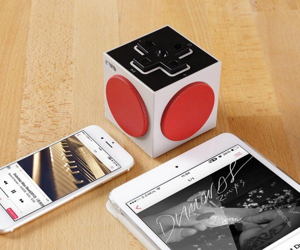 8Bitdo NES-themed Bluetooth Speaker: Select Music, Start Party