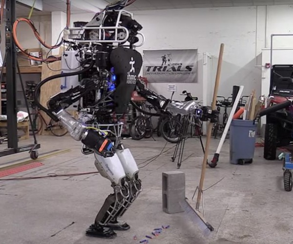Boston Dynamics' Atlas Robot Cleans House
