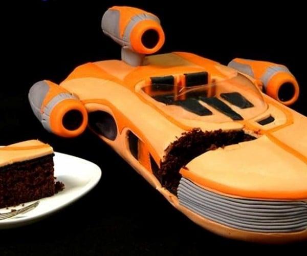 Star Wars Landspeeder Cake: Hovercake