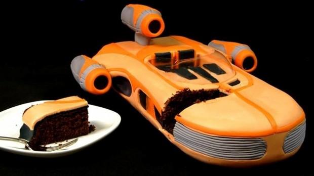 landspeeder_cake_1