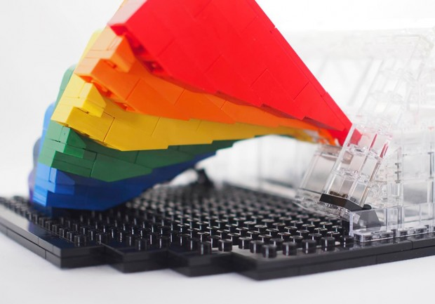 lego_prism_and_spectrum_concept_by_grobie87_4