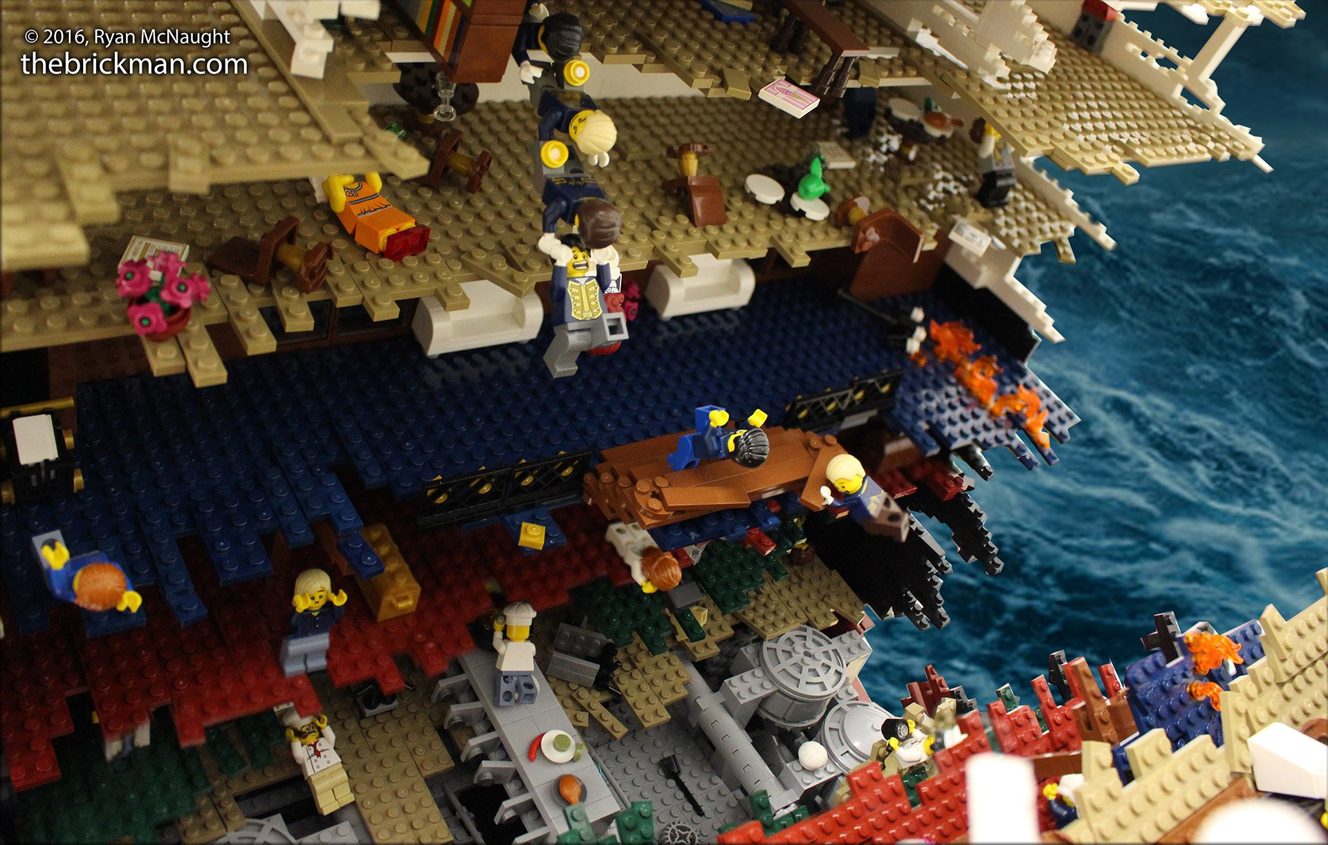 Titanic disaster model in lego i 39 m the minifig of the world technabob