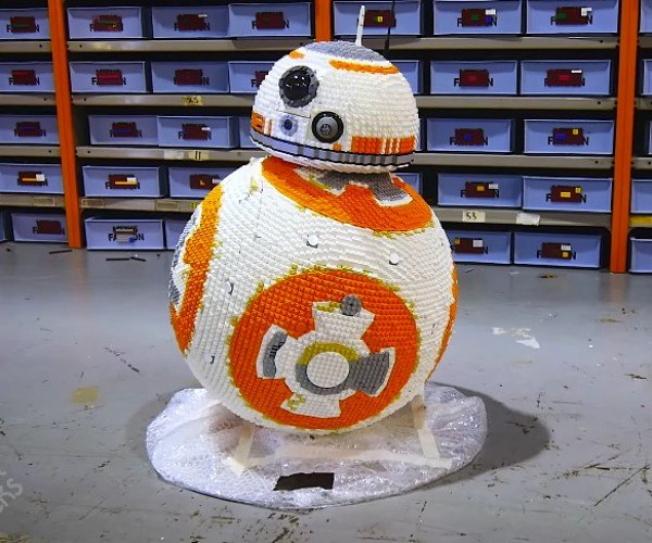 Life-size LEGO BB-8 is Worth a Ton of Portions