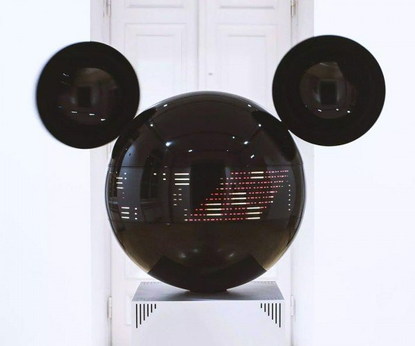 Bizarre Mickey Mouse Head Music Visualizer Thingy Commissioned by Disney