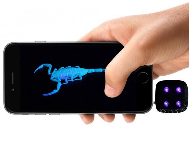 revealed_ultraviolet_uv_light_smartphone_flash_1