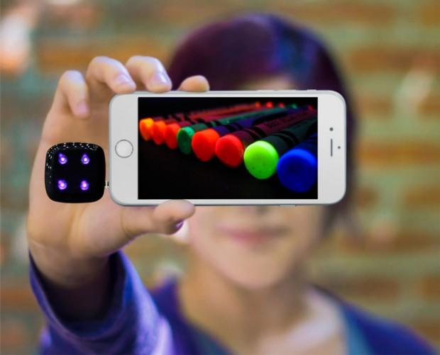 revealed_ultraviolet_uv_light_smartphone_flash_2