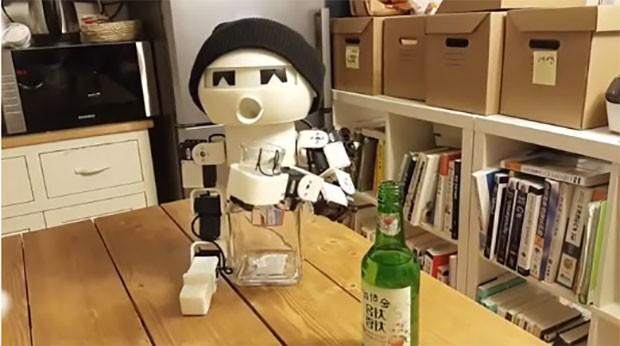 robot-drinky-1